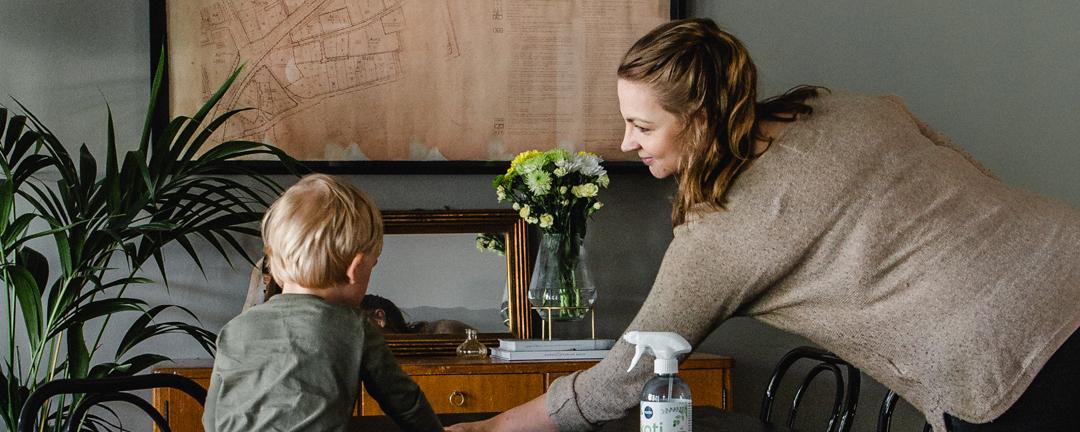 Siivoaminen lapsen kanssa + Arvonta